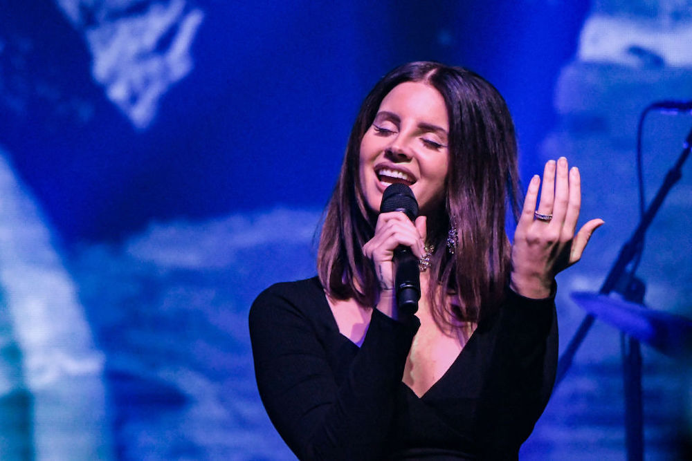 Lana Del Rey Recites 'Salamander' Poem: Watch